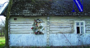izbiska kapliczka na domu adam