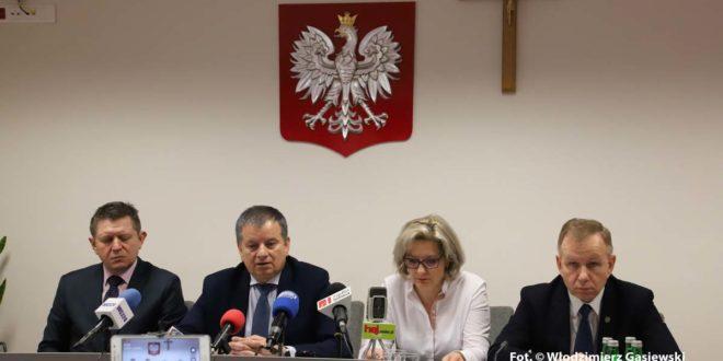 Narasta dług Szpitala Powiatowego w Mielcu – konferenecja prasowa w Starostwie