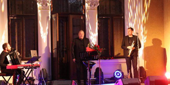 Kilka zdjęć i kilka zdań o koncercie Marka Dyjaka