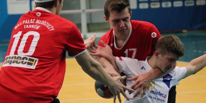 Młodzicy wygrywają Niepodległościowy turniej, juniorzy młodsi na III miejscu!