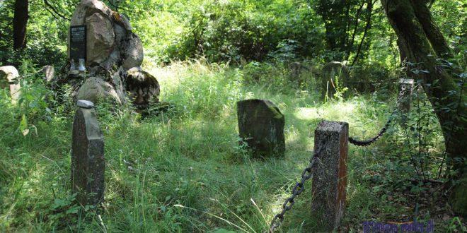 78. rocznica holocaustu, o Janie Ziobroniu – człowieku, który pamiętał – na radomyskim kirkucie wspomina Andrzej Ziobroń